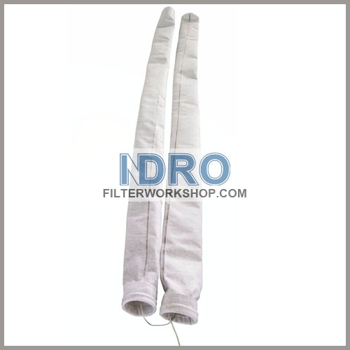 Polyester dust collector filter bags with ground wire